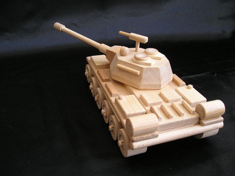 Как сделать танка из дерева