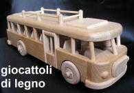 Autobus - giocattoli in legno