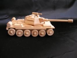 Russische Panzer Spielzeug aus Holz