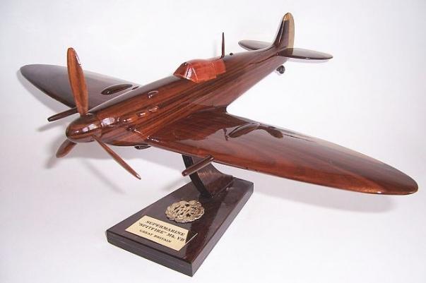 SUPERMARINE SPITFIRE Mk-Vb wooden model