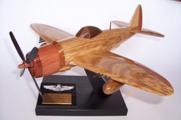 Republic P-47 Thunderbolt - wooden model