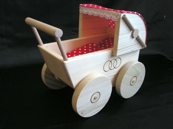 Holz puppenwagen