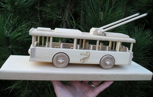 Trolleybus, gift for driver