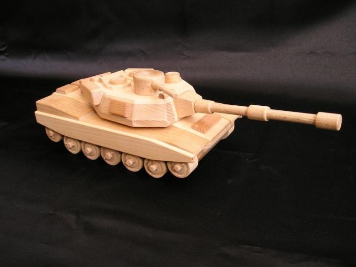 usa-detsky-tank-na-hrani