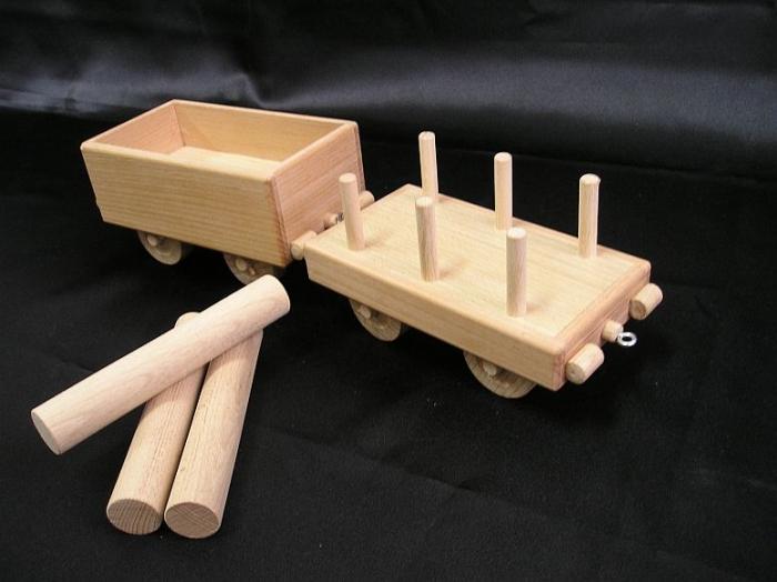 vagons-for-wooden-rail-locomotive