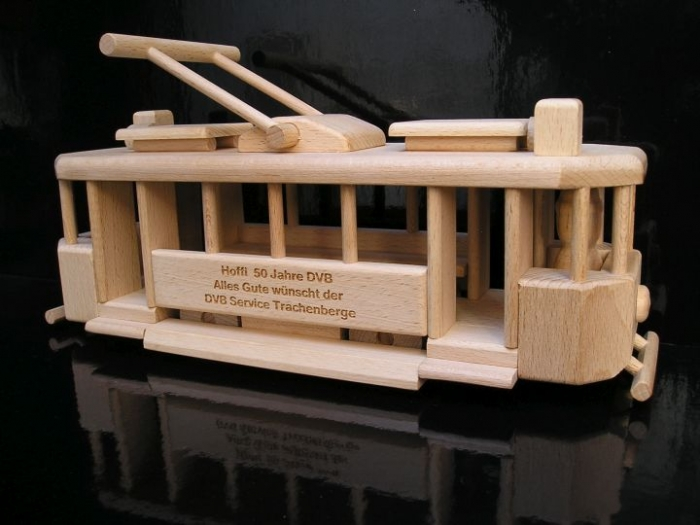 Historical tramway toy with engraving