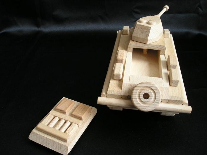 GERMAN transporter PUMA