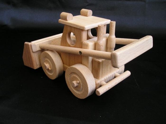 wooden-toys-excavator