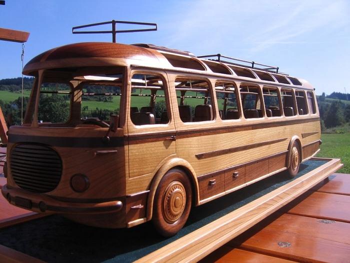 wooden-replica-auto-bus-skoda-rto