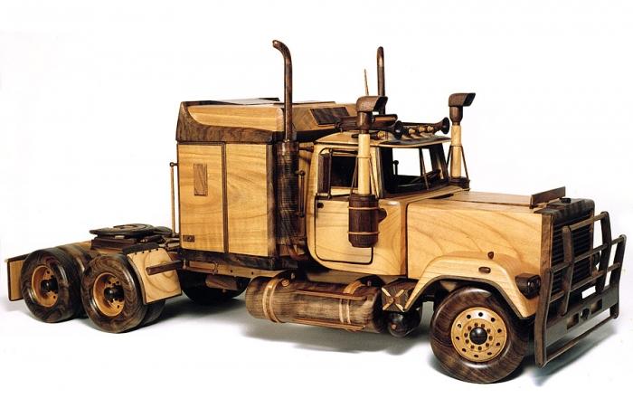 Wooden model Mack truck