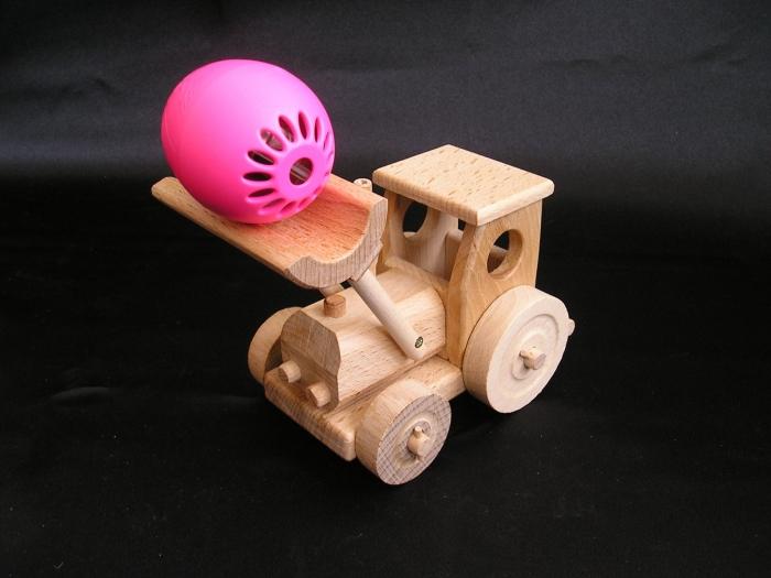 traktor-pro-kluky-na-hrani-k-narozeninam