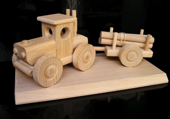 Gift forest tractor, toy