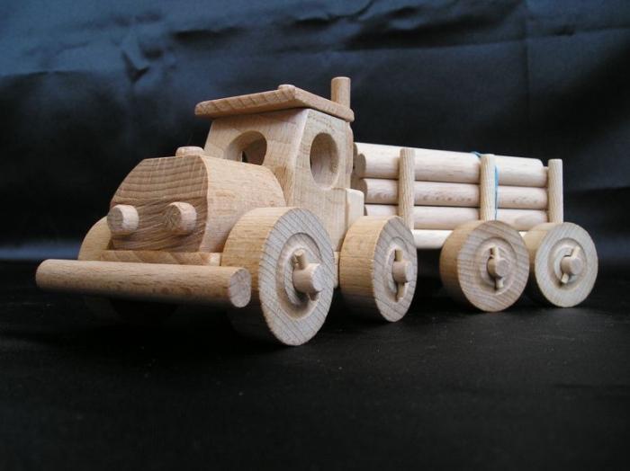 detsky-kamion-tirak-hracky-na-narozeniny-k-vanocum