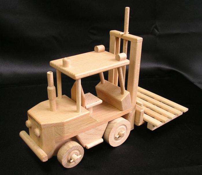 eshop-drevene-hracky-obchody-praha-brno