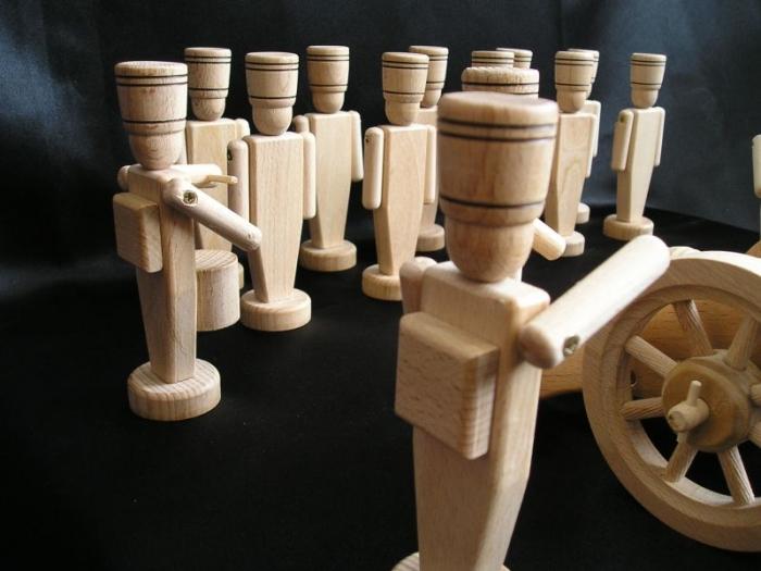 children-wooden-dolls