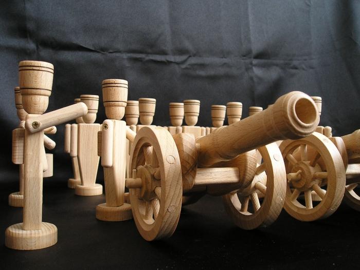 wooden-souvenirs