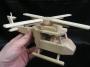 helikoptery-drevene-hracky-pro-kluky-na-hrani.jpg